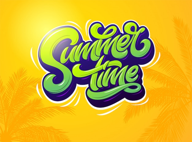 Sommerzeittypografie auf orange hintergrund mit palmenpflanzen. illustration. . moderne typografie für aufkleber, banner, plakat, broschüre, flyer, karte. beschriftung.