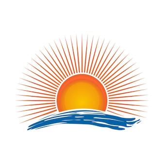 Sonne über dem meer. sonnenaufgang. sonnenschein-logo über meereswellen. abbildung isoliert auf weißem hintergrund