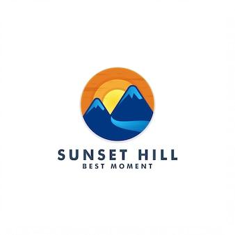 Sonnenuntergang berg logo