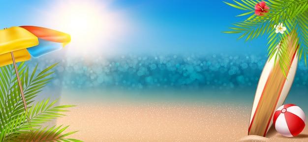 Sonniger sommerhintergrund mit ozean und strand