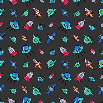 Space ships rocket und satellite seamless pattern. hintergrund mit aliens und ufo-schiffen
