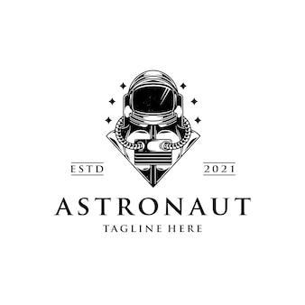 Spaceman crest logo vorlage isoliert auf weiß