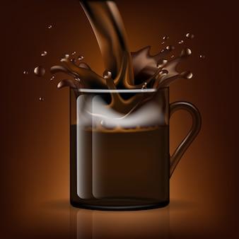 Splash kaffee in einem glasbecher
