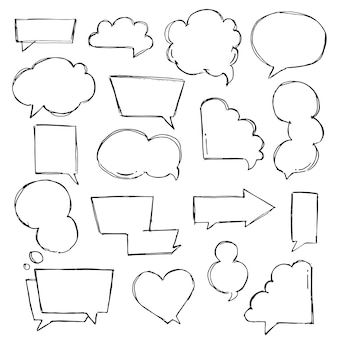 Sprache, gedanke, sprechende handgezeichnete blasen eingestellt. sprechen sie wolken skizzieren. ballonform. gezeichnet mit einem pinselstift im skizzenstil.