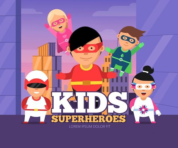 Stadt scherzt helden. stadtlandschaft mit den männlichen und weiblichen superhelden der kinder in den maskenzeichentrickfilm-figuren