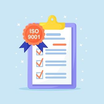 Standard für die qualitätskontrolle. checkliste für das qualitätsmanagementsystem in der zwischenablage. zertifizierte iso 9001-dokumente. internationales zertifizierungskonzept