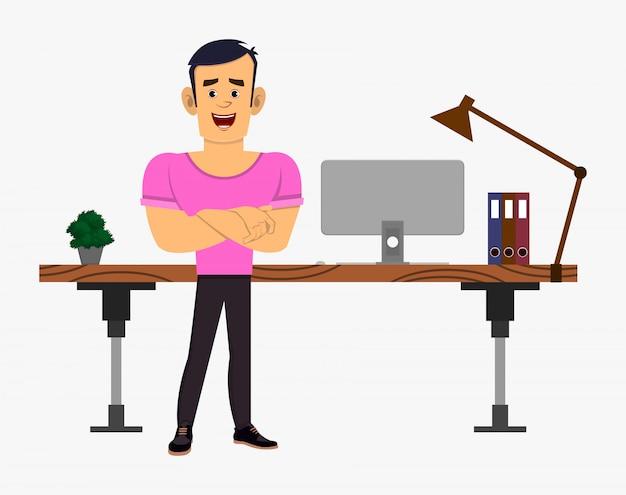 Starke jungenzeichentrickfigur steht in der nähe seines tisches oder arbeitsplatzes