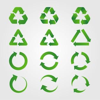 Stellen sie recyclingschilder mit den pfeilen grün lokalisiert auf weißem hintergrund ein