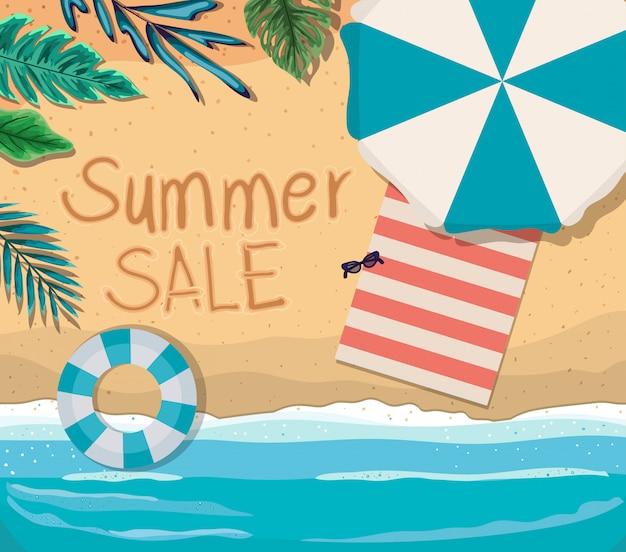 Strand mit sommerverkauf text draufsicht design, sommerferien