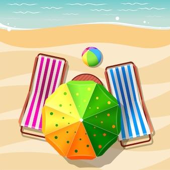 Strandstuhl und sonnenschirm draufsicht. urlaub, entspannung sommertourismus, meer und sand