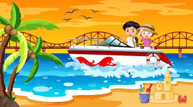 Strandszene mit kindern, die auf einem schnellboot stehen