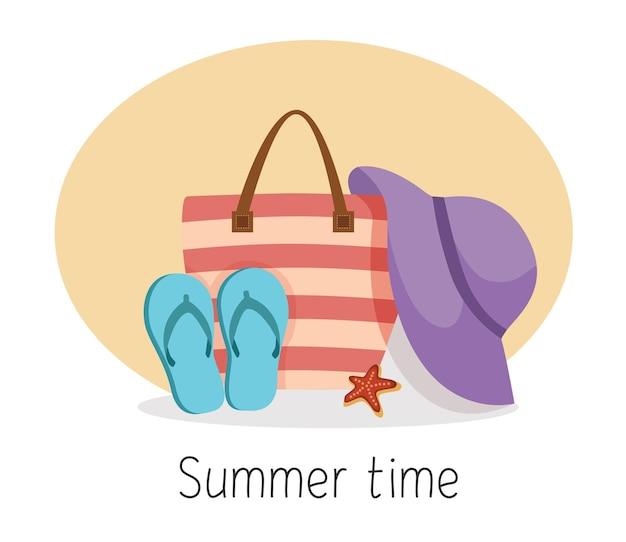 Strandtasche für damen flip flops und hut sommerzeit