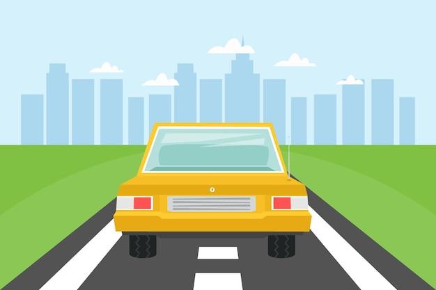 Straße mit gelbem auto und stadtlandschaftshintergrund sommerstadtskyline-vektorillustration