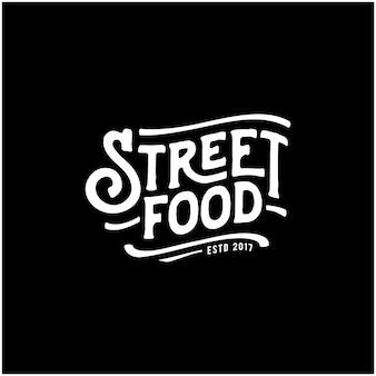 Straßenlebensmittel-kreide-handschrifts-typografie für restaurant-café-barlogo-designvektor