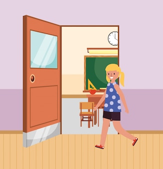 Student, der das klassenzimmer betritt