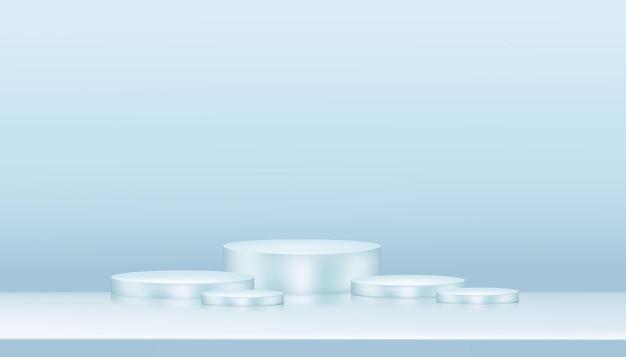 Studio mit kompositionsleerem schaufensterpodest für kosmetik- oder schönheitsproduktpräsentation auf blauem pastellhintergrund