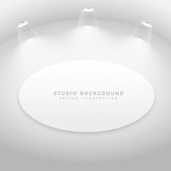 Studio-zimmer mit ovalen bilderrahmen