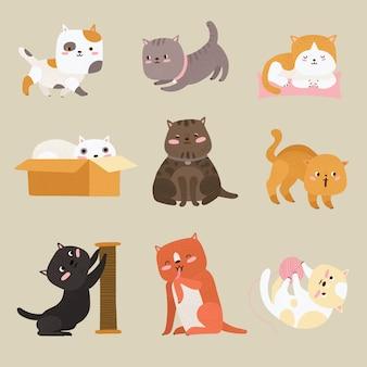 Süße katzen. cartoon lustige tabby-kätzchen, die mit ball spielen, sitzen und sich entspannen. entzückende katze haustiere hand zeichnung zeichen vektorsatz