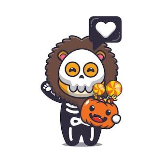 Süßer löwe mit skelettkostüm, das halloween-kürbis hält süße halloween-karikaturillustration
