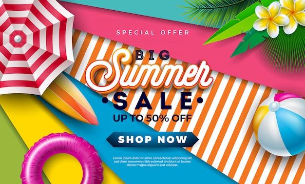 Summer sale design mit wasserball und sonnenschirm