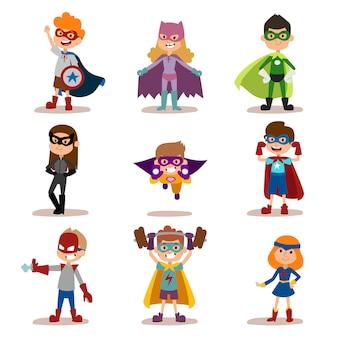 Superheld scherzt jungen- und mädchenkarikaturvektor illustrationt