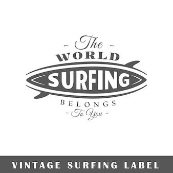 Surfendes etikett auf weißem hintergrund. element. vorlage für logo, beschilderung, branding. illustration
