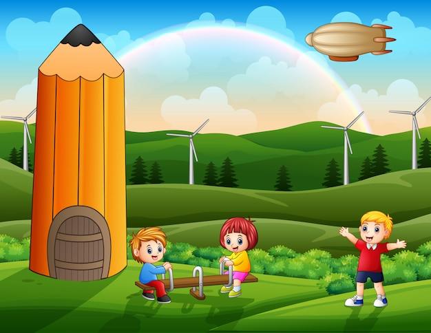Szene mit spielenden kindern im park