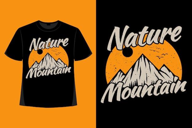 T-shirt design der natur bergkiefer handgezeichnete vintage illustration
