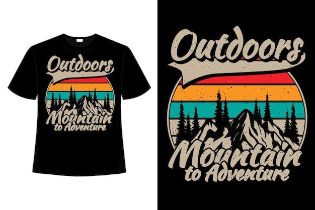 T-shirt-design der outdoor-bergabenteuer-kiefer flache vintage-retro-illustration