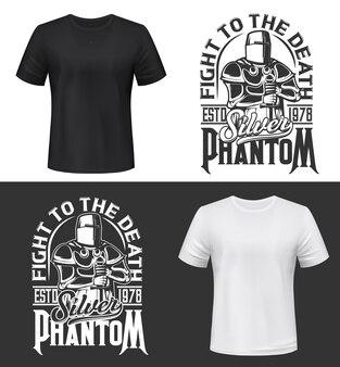 T-shirt druck mit ritter und schwert, kampf club maskottchen mittelalterlichen krieger mit helm und rüstung. monochromes kleidungsdesign-silberphantomtypografie, isolierter t-shirt-druck oder etikett