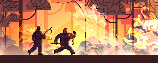Tapfere feuerwehrmänner mit schrottaxt und schlauch, die die gefährlichen verheerenden feuerwehrmänner kämpfen mit dem buschfeuer löschen, das das konzept der naturkatastrophe der intensiven orange flammen horizontal feuert