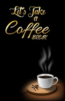 Tasse kaffee mit kaffeebohnen auf holztisch