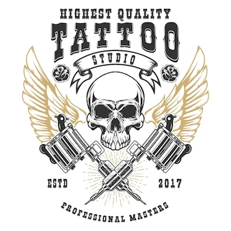 Tattoo studio poster vorlage. geflügelter schädel mit gekreuzten tätowiermaschinen. element für logo, etikett, emblem, zeichen, poster. illustration