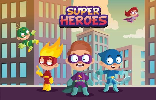 Team von superheldenkindern, lustigen jungen- und mädchencharakteren in der bunten superheldenkostümkarikaturillustration auf einem städtischen hintergrund