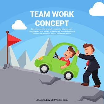 Teamwork-konzept mit den leuten, die berge klettern