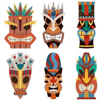 Tiki-maskenvektorsatz des geschnittenen hölzernen hawaiianischen und des polynesischen gewandes.
