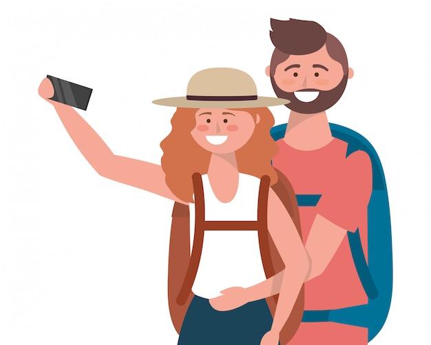 Touristischer junge und mädchen mit taschendesign