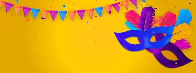 Traditionelle maske mit federn und konfetti-banner