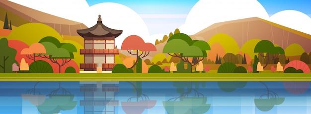 Traditioneller südkorea-landschaftspalast oder -tempel über der gebirgskoreaner-gebäude-berühmten markstein-ansicht horizontal