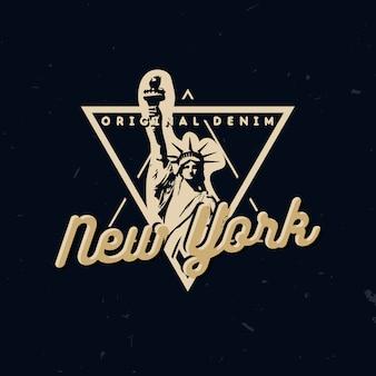 Tragen sie typografie-design, t-shirt-druck mit freiheitsstatue und text new york