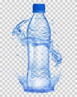 Transparente wasserkrone und wasserspritzer in blauen farben um eine blaue transparente plastikflasche mit blauer kappe, gefüllt mit mineralwasser. transparenz nur in vektordatei