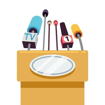 Tribune mit mikrofonen für konferenz und rede zur öffentlichkeit.