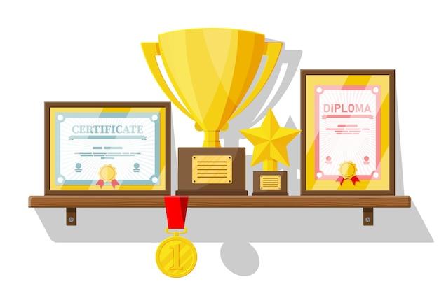 Trophäen- und preissammlung auf holzregal. diplom und zertifikat in rahmen. wettbewerbspreise, pokale und medaillen. auszeichnung, sieg, tor, meisterleistung. vektorillustration im flachen stil