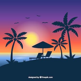 Tropischer strandhintergrund mit sonnenuntergang