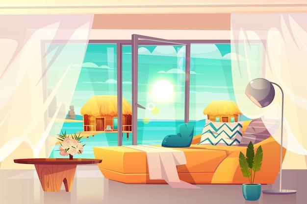 Tropischer urlaubshotelraum, luxuswohnungen auf ozeanuferinnenkarikaturvektor mit bequemem bett und ausgang auf strandillustration. urlaub und freizeit in exotischem land. entspannen sie sich am strand
