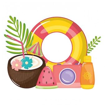Tropisches kokosnusscocktail mit hin- und herbewegung und ikonen