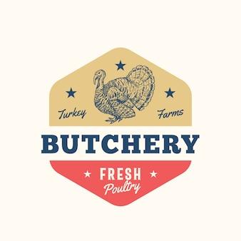 Türkei bauernhöfe frisches geflügel abstrakte zeichen-, symbol- oder logo-vorlage. hand gezeichnete truthahnsillhouette mit retro-typografie. vintage emblem.
