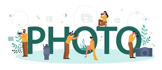 Typografisches header-konzept für foto und fotograf. professioneller fotograf mit kamera zum fotografieren. künstlerische berufs- und fotokurse.