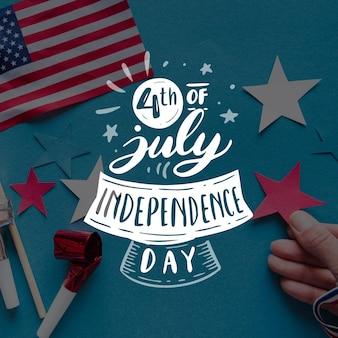 Unabhängigkeitstag schriftzug auf foto