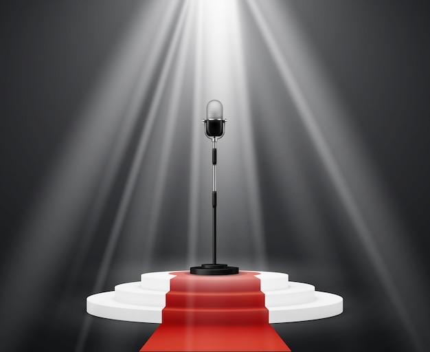Unterhaltungsindustrie. mikrofonständer auf rundem podium auf der bühne.